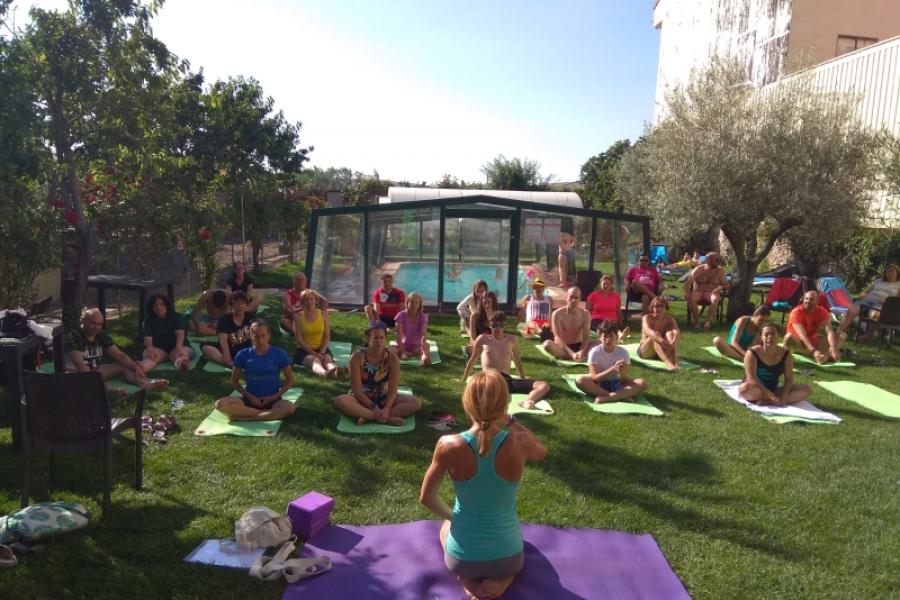 Oră de yoga pe Camino
