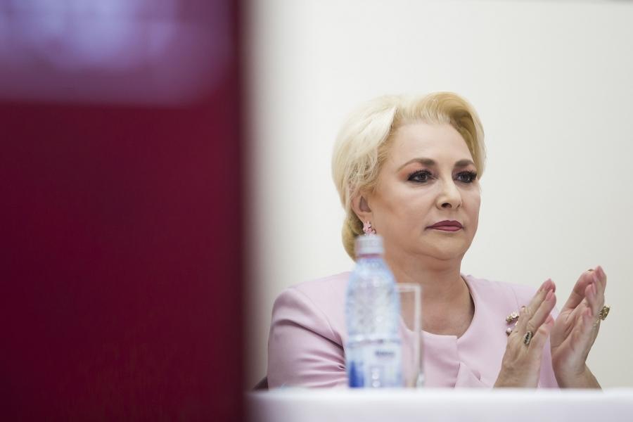 Viorica Dăncilă - singura - Inquam Photos / Ovidiu Dumitru Matiu