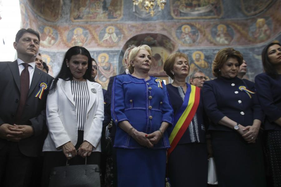 Viorica Dăncilă și Sorina Pintea
