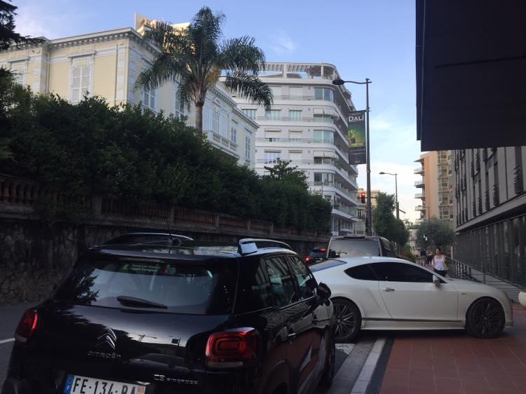 Bentley la Monaco