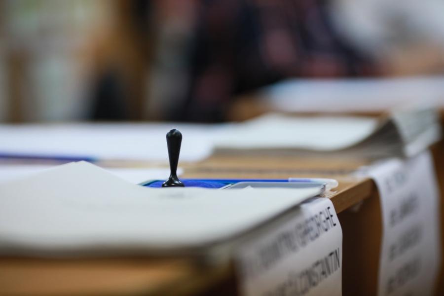 vot - alegeri prezidențiale - Foto Inquam Photos/ George Călin