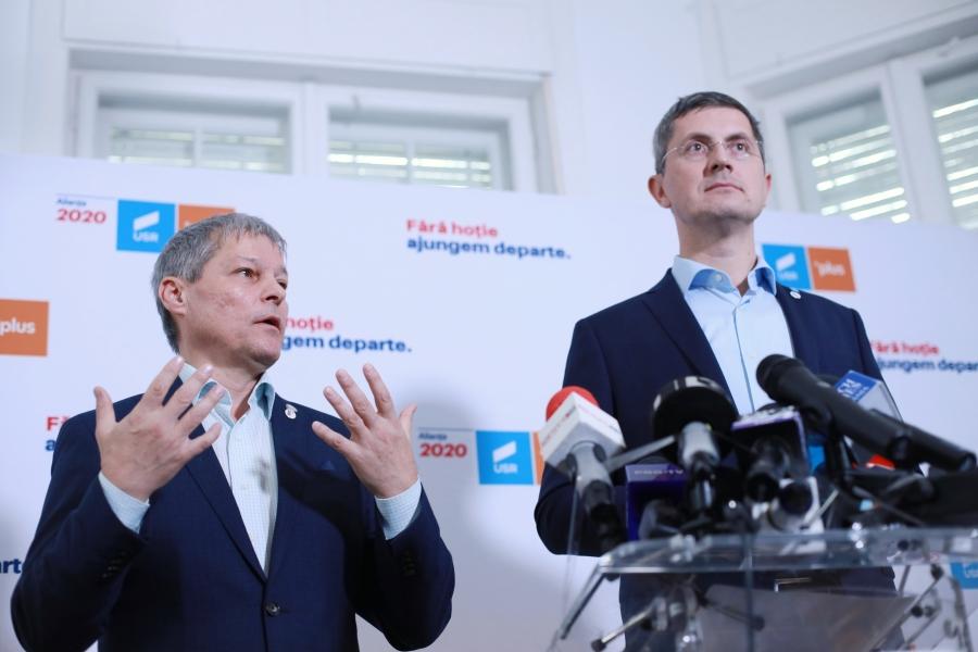 Dacian Cioloș și Dan Barna, 11 noiembrie
