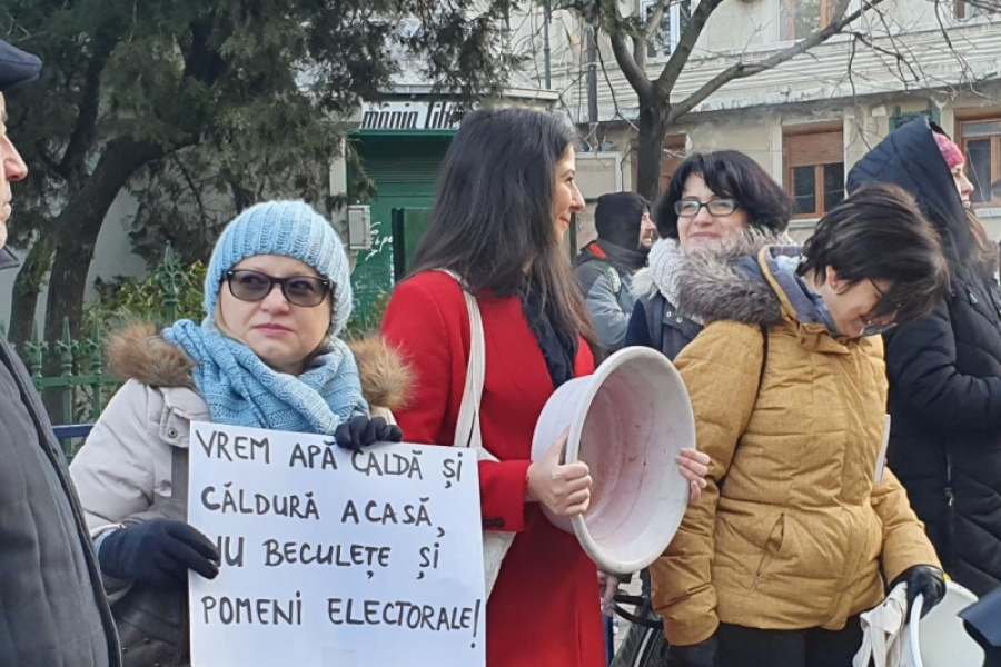 Protest apă caldă