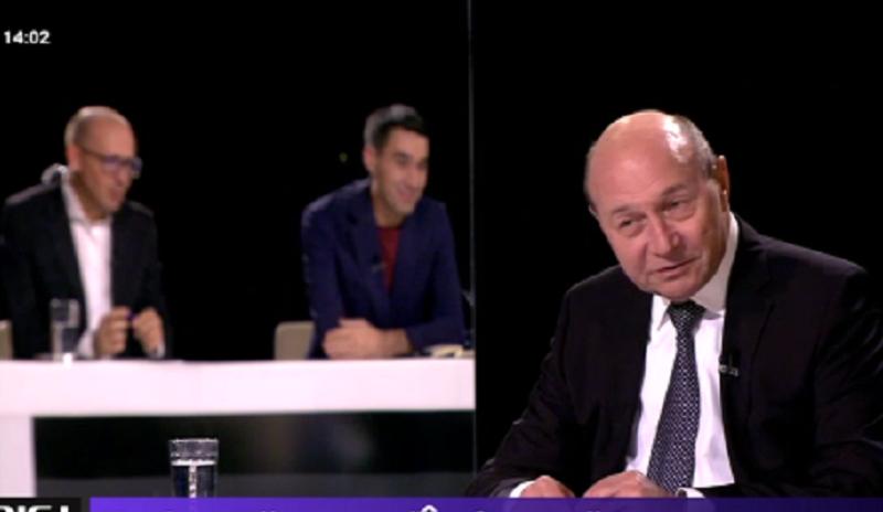 Traian Basescu - In fata ta