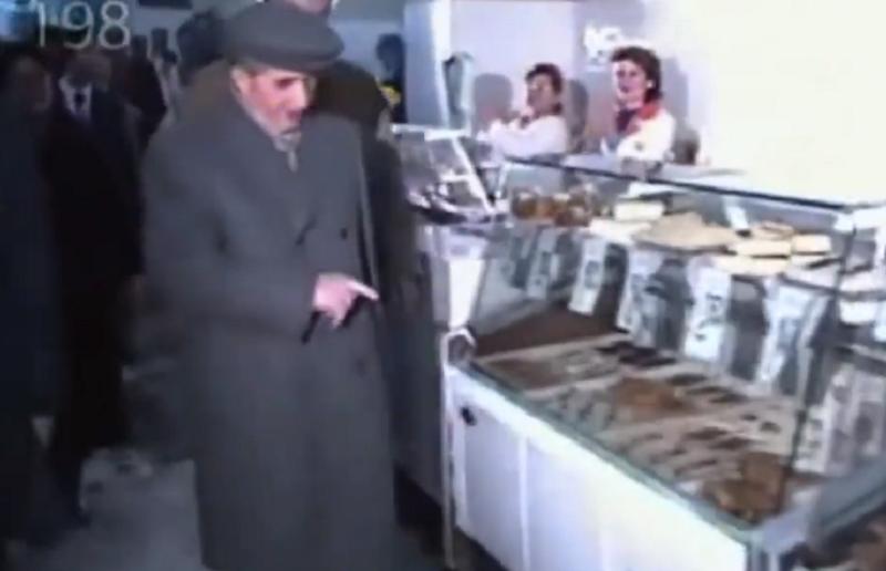Ceausescu in alimentara