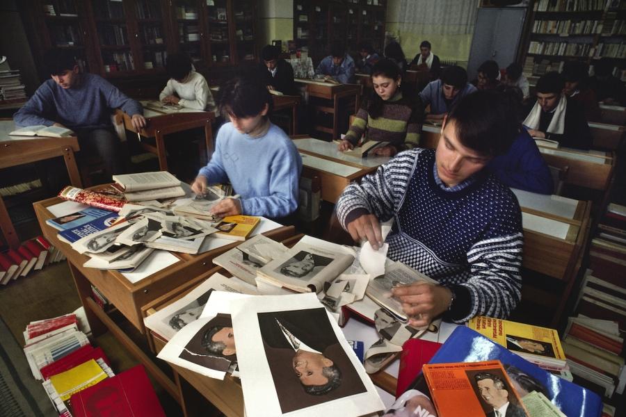 Cărți Ceaușescu