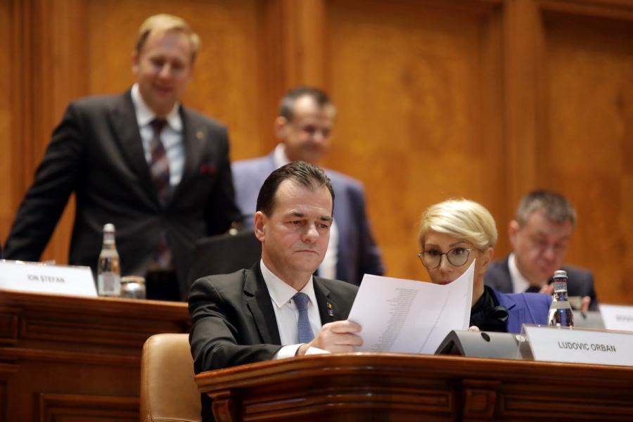 Guvernul Orban in Parlament - Foto gov.ro