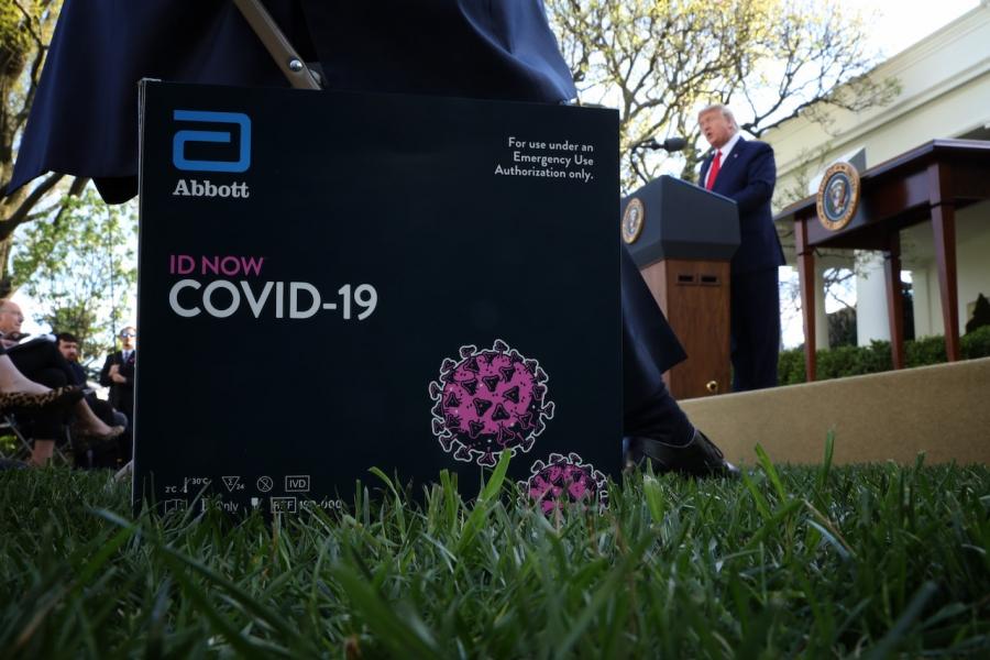 Donald TRump, Casa Albă, covid-19