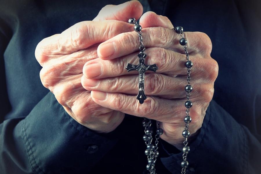 Crucifix bătrână