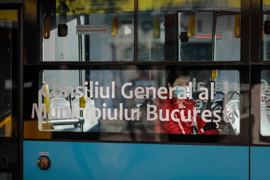 autobuz - (Foto Inquam Photos / George Călin)