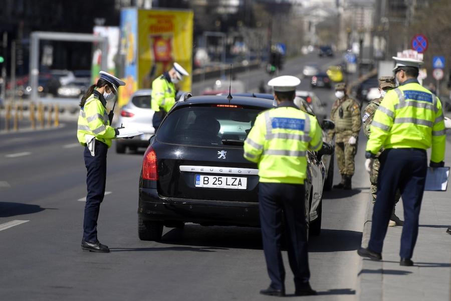 Polițiști amenzi covid