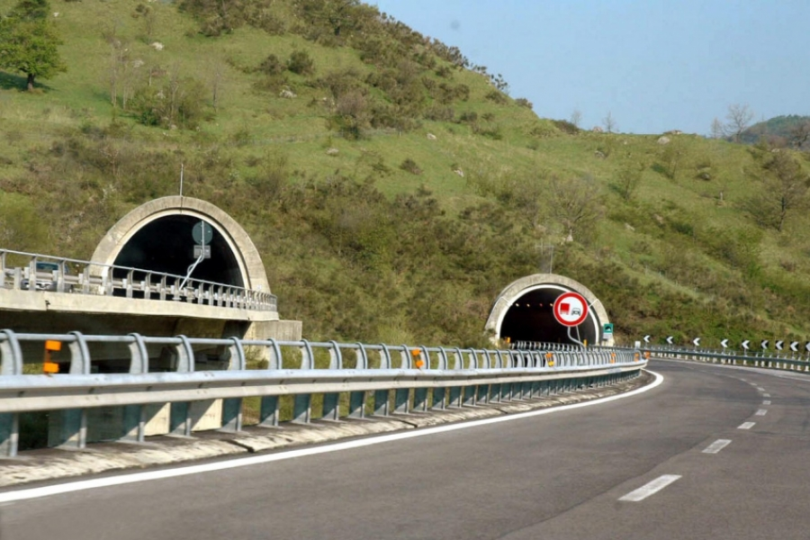 tunel - (Foto Valentini/Giacomino/Ropi / Zuma Press / Profimedia)