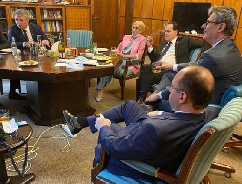 Orban in cabinet - Foto FB Eugen Orlando Teodorovici