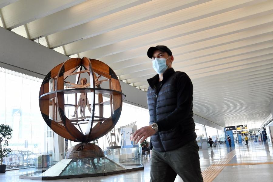 Italia - covid - aeroport - Foto: Maria Laura Antonelli/AGF / Shutterstock Editorial / Profimedia)