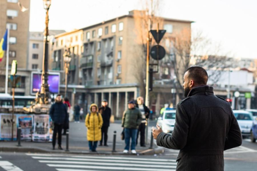 oameni - semafor - Bucuresti - (Foto: Vlad Ispas / Alamy / Alamy / Profimedia)