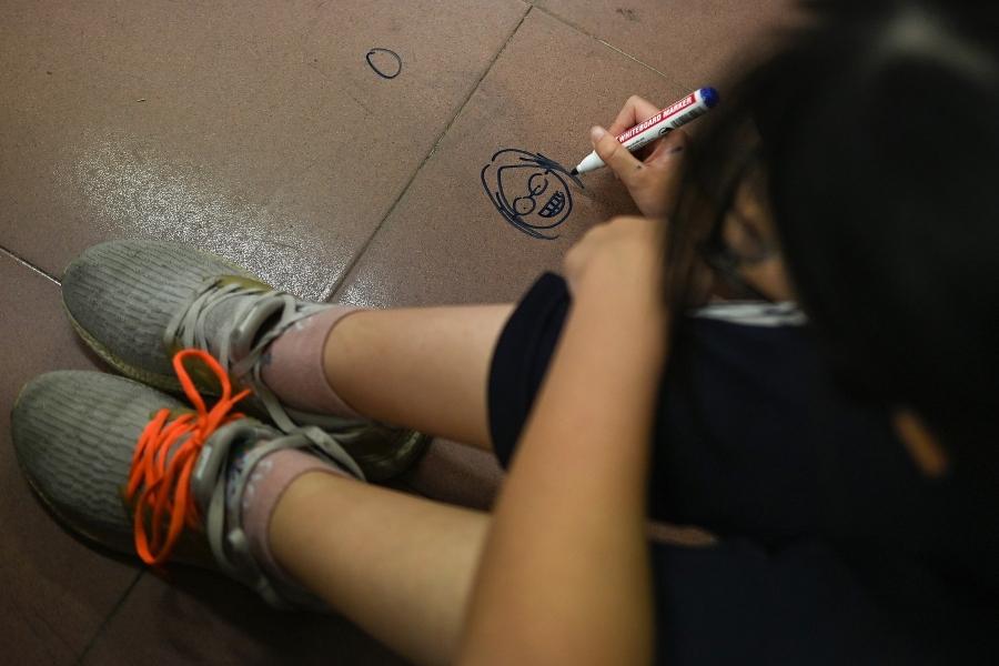 copil - educatie sexuala - Foto: Manan Vatsyayana/ AFP/ Profimedia)