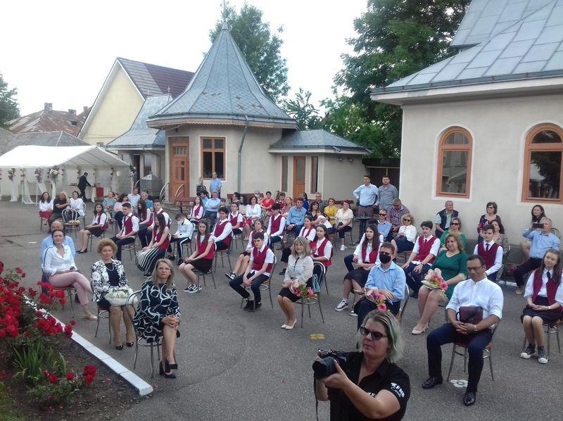 Ceremonie de absolvire - Bacău