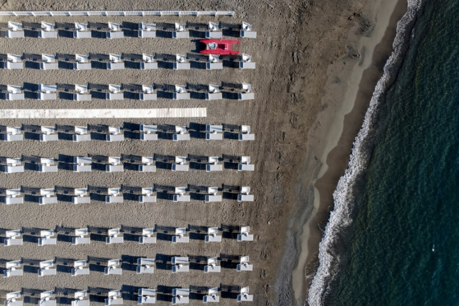 plaja - sezlonguri - (Foto Nicolň Campo / ddp USA / Profimedia)