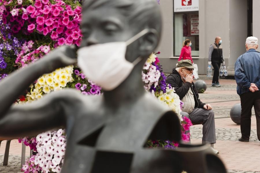 Statuie mască