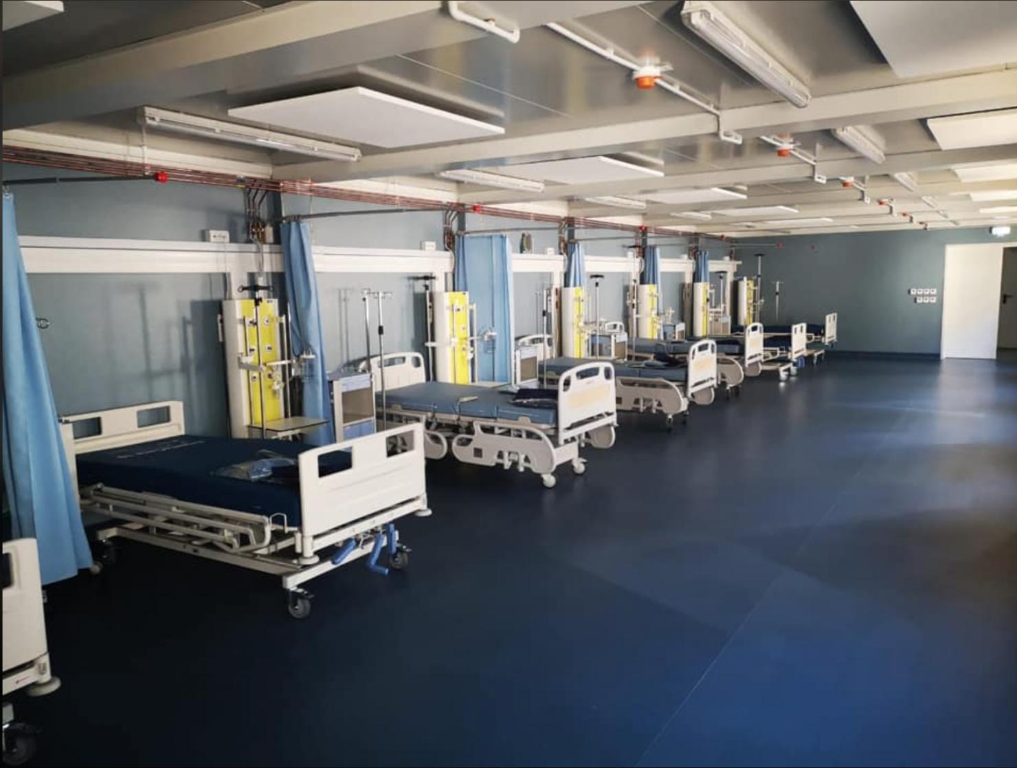 Spital modular în curtea Spitalului Elias din Bucureşti