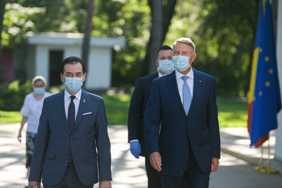 Klaus Iohannis - Ludovic Orban - masca - Foto presidency.ro