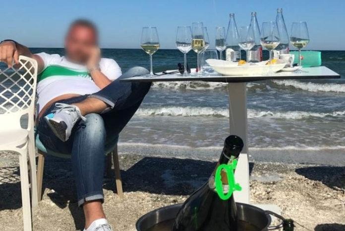 turist la mare - funky travel
