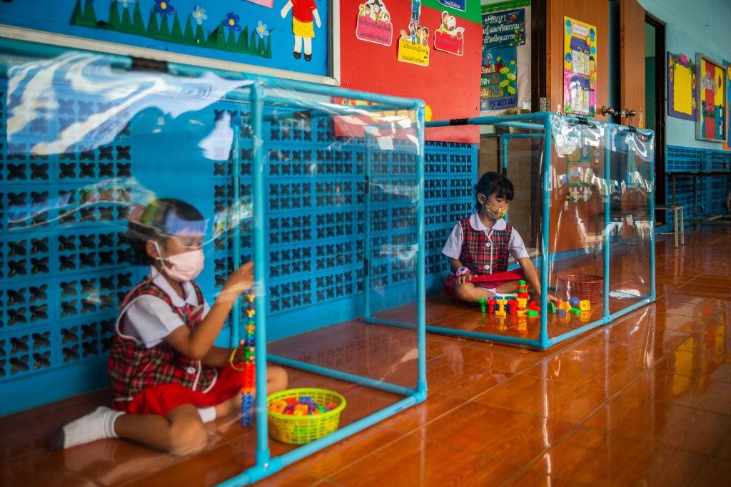 Deschiderea școlilor în Thailanda