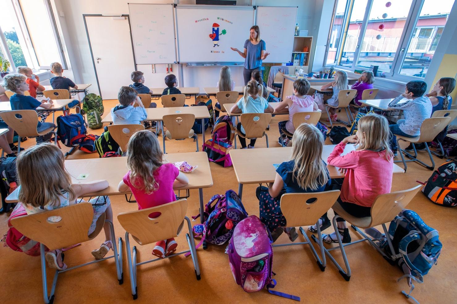Deschiderea școlii în Germania