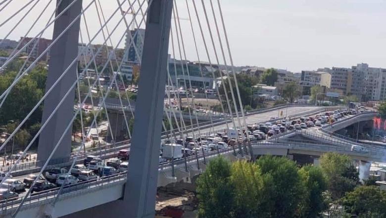 Podul Ciurel - aglomeratie