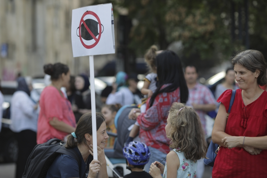 protest antimasca - Foto Inquam Photos / Octav Ganea