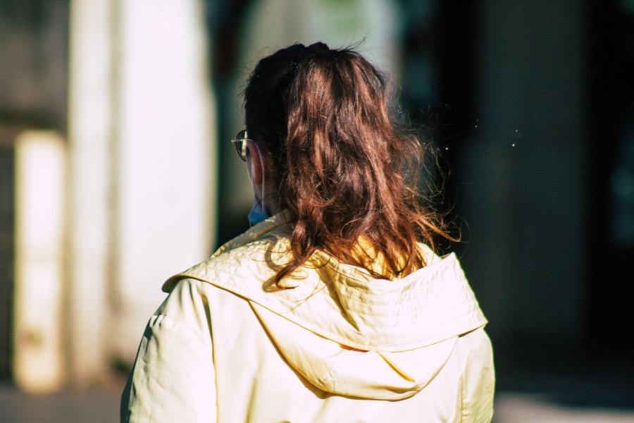 femeie - back - Foto: Hernandez Jose Maria / Alamy / Alamy / Profimedia)