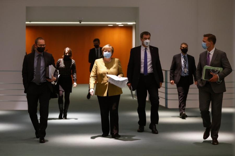 Angela Merkel - 25 nov