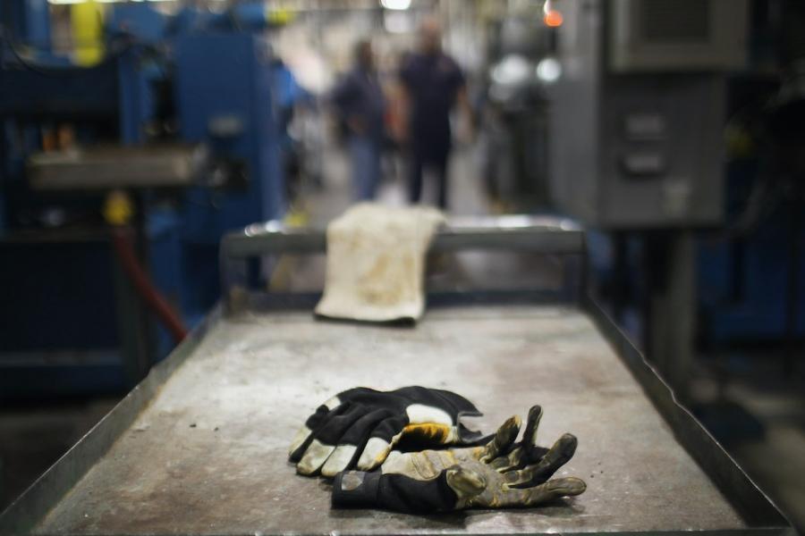 Mănuși fabrică