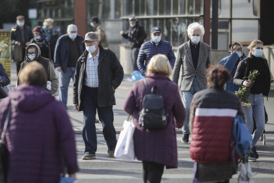 oameni pe strada 2021 - Foto: Inquam Photos / Octav Ganea