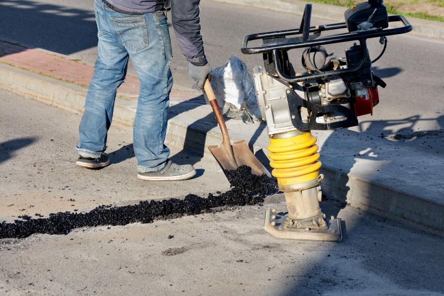 drum - asfalt - muncitor