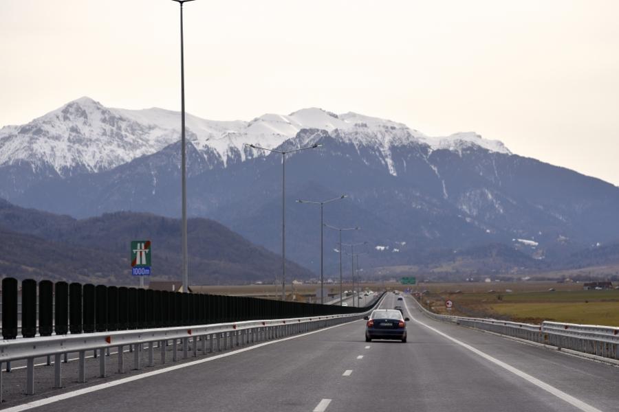 autostrada Rasnov-Cristian (Inquam Photos / Alex Nicodim )