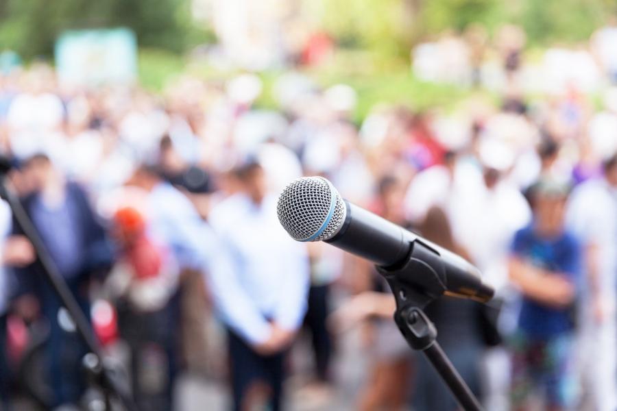 Microfon - Public speaking