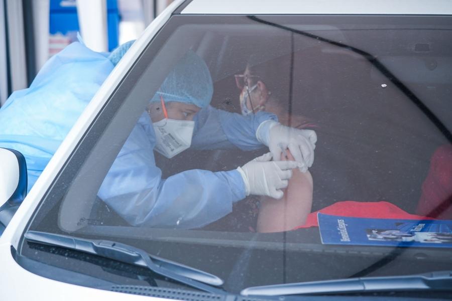 vaccinare drive-through