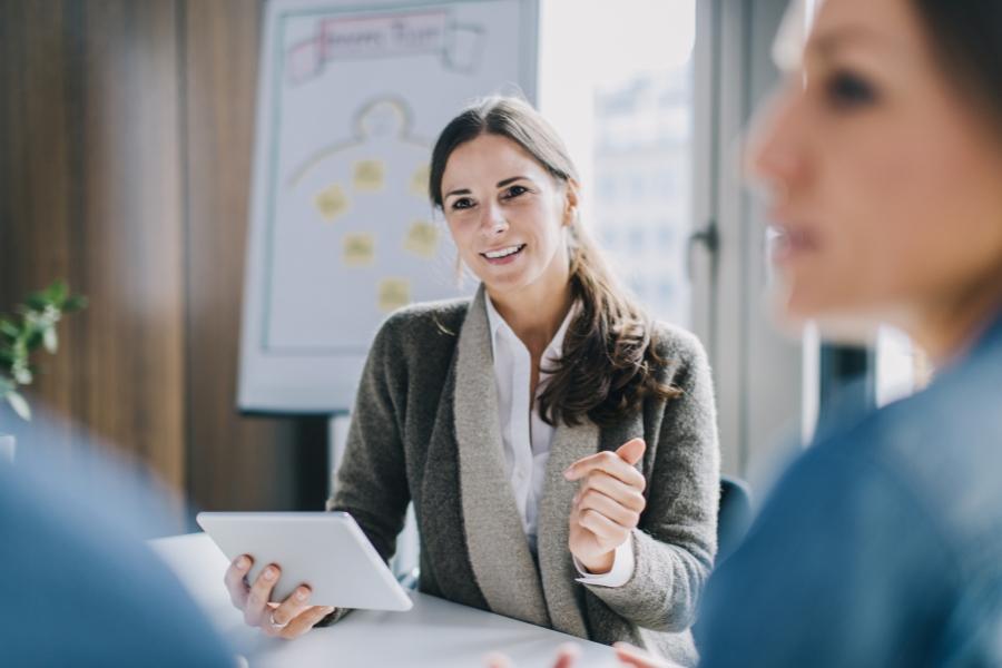 Femeie de afaceri - Getty