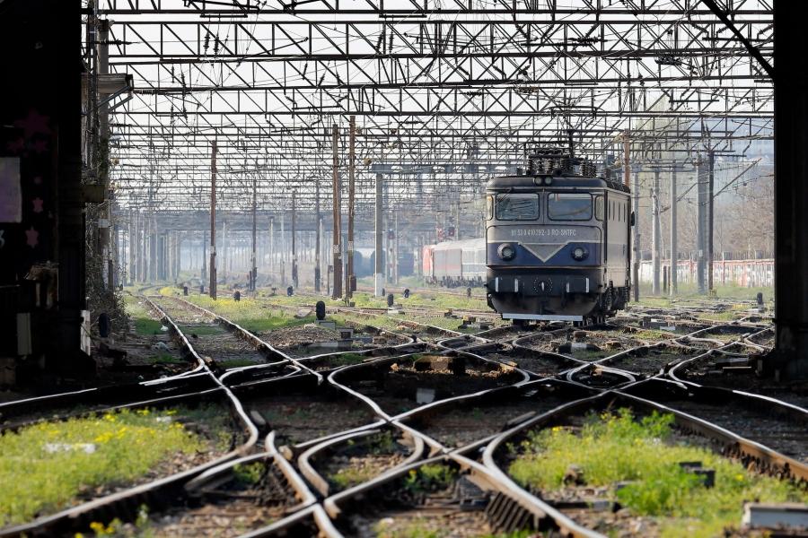 cale ferata - Foto ROBERT GHEMENT / EPA / Profimedia
