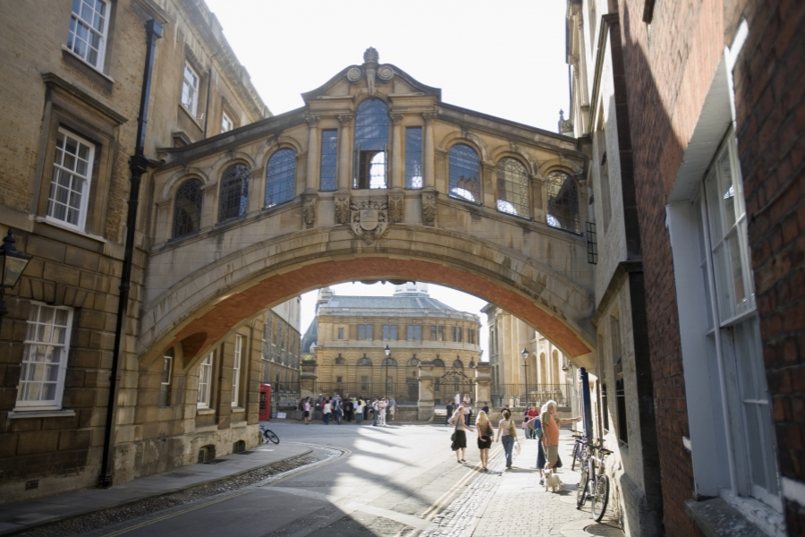 Universitatea Oxford, UK