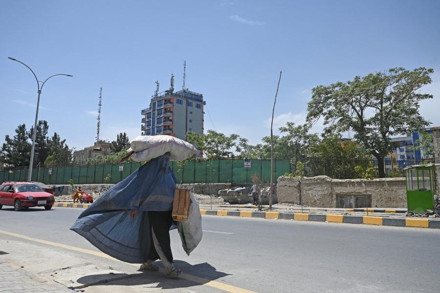 femeie afgana - SAJJAD HUSSAIN / AFP / Profimedia