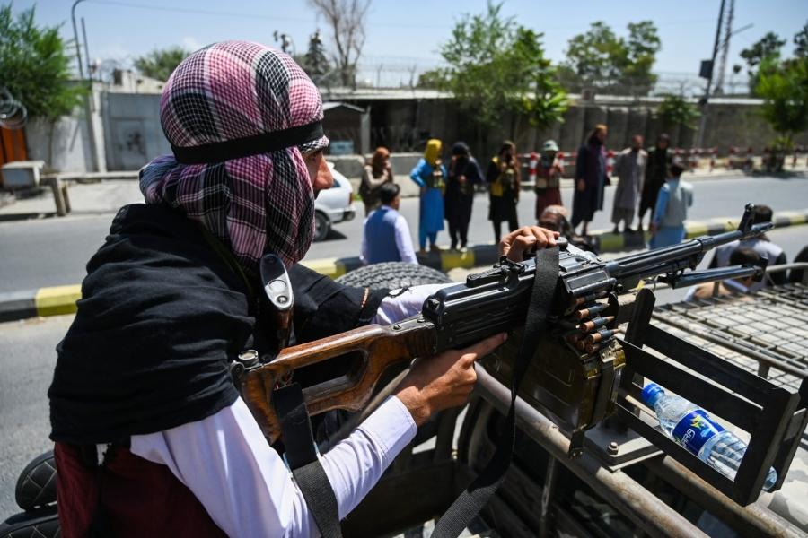 Talibani în Kabul