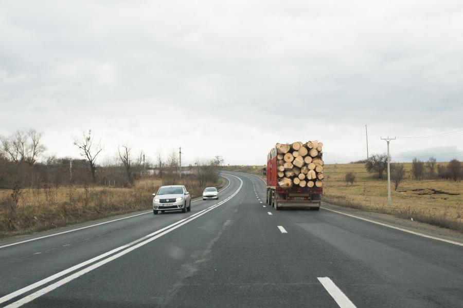 camion lemne - Inquam
