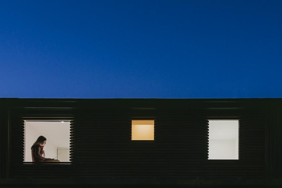 Lumină la ferestre