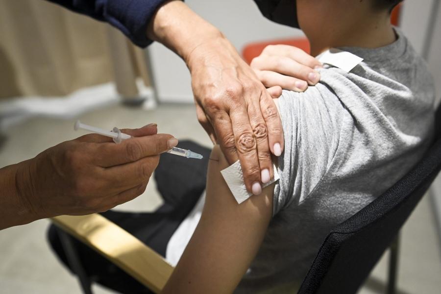 copil vaccin - Emmi Korhonen / Shutterstock Editorial / Profimedia